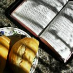 POUR UN ACCUEIL GÉNÉREUX : la parole et le pain